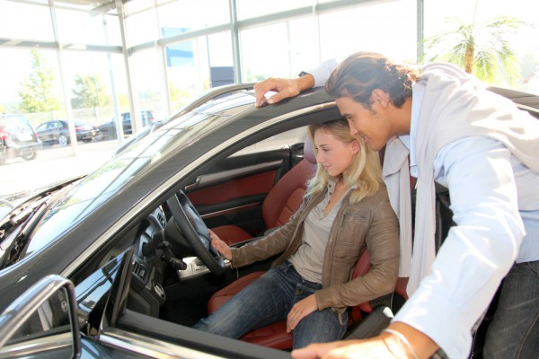 Покупка авто с пробегом в салоне