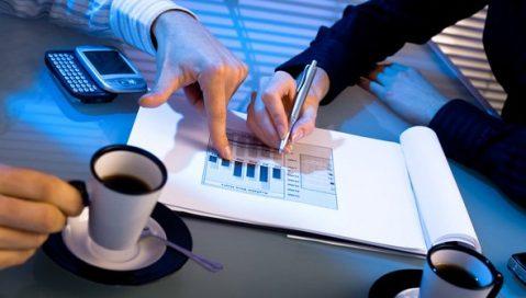 Как оцениваются инвестиционные проекты с разными сроками реализации