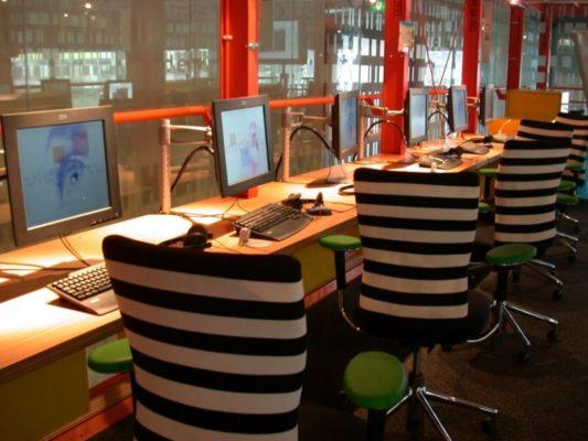 Интернет кафе